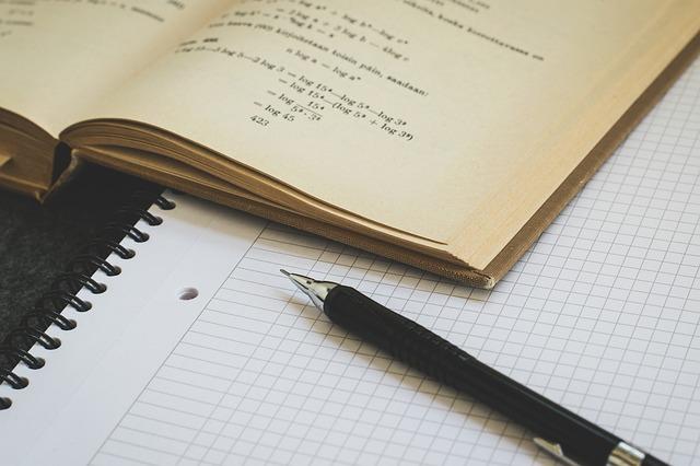 rovnice v učebnici