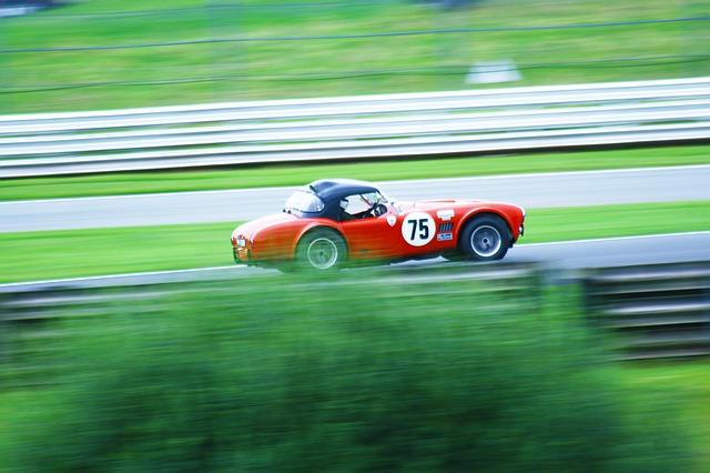 auto s číslem 75